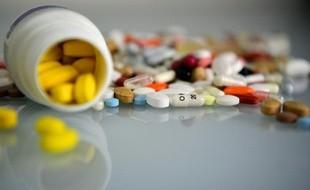 La revue Prescrire épingle 90 médicaments jugés «plus dangereux qu'utiles»